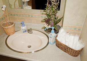 洗面台とおしぼり